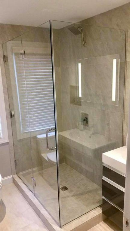 Framless glass steam shower